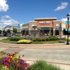Photo taken at The Promenade Shops at Saucon Valley by Tyler H. on 7/4/2013