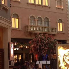 Photo taken at Tintoretto Bakery (Venetian Hotel) by dana a. on 11/25/2014