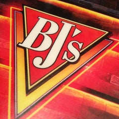 Photo taken at BJ's Restaurant and Brewhouse by Kelly B. on 7/27/2013