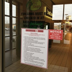 Photo taken at Harrisburg Mall by David L. on 1/6/2013