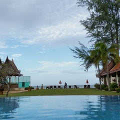 Photo taken at Royal Lanta Resort And Spa Koh Lanta by Thief o. on 7/30/2014