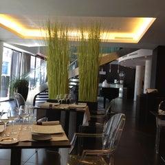 Photo taken at Le Rex Hôtel by Patrice L. on 10/22/2012
