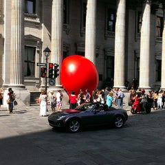 Photo taken at BMO Banque de Montréal by Maxime C. on 9/5/2014