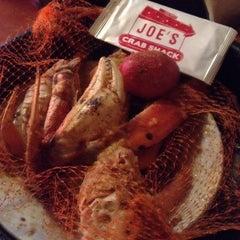 Photo taken at Joe's Crab Shack by 💋 K. on 10/28/2013