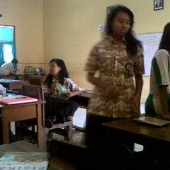 Photo taken at SMA Negeri 19 Surabaya by Rinova V. on 10/17/2013