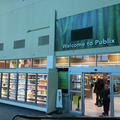 Photo taken at Publix by Ian T. on 11/19/2014