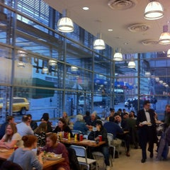 Photo taken at Schnipper's Quality Kitchen by Ehab B. on 1/16/2013
