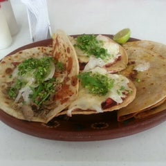 Photo taken at Tacos Richard by Gonzalo C. on 6/21/2013