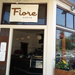 Photo taken at Fiore Caffè by Tak H. on 4/21/2013