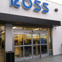 Photo taken at Ross Dress for Less by Cory P. on 2/9/2013