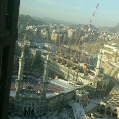 Photo taken at Mövenpick Hotel & Residence Hajar Tower Makkah   فندق وأبراج هاجر موڤنبيك by Mustafa M. on 6/20/2013