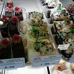 Photo taken at Angelo Caputo's Fresh Market by Juan U on 1/4/2013