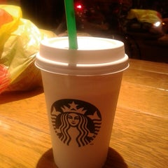 Photo taken at Starbucks by Marie K. on 9/1/2013