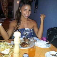 Photo taken at Restaurant 4 Puntos by Juan Sebastian T. on 12/27/2012