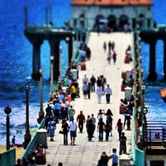 Photo taken at Manhattan Beach by Countess Rose P. on 7/7/2013
