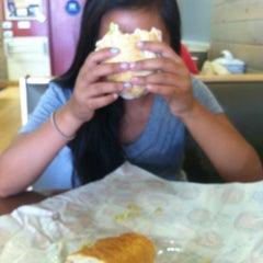 Photo taken at Jersey Mike's Subs by Merwin 💞 V. on 9/7/2014