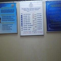 Photo taken at Balai Polis Melaka Tengah (Cawangan Trafik) by Ady S. on 7/30/2014