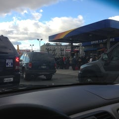 Photo taken at Sunoco by hoai vi p. on 11/3/2012