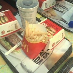 Photo taken at McDonald's by Rui M. on 12/22/2012