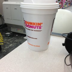 Photo taken at Dunkin' Donuts by Cornelia on 3/24/2013