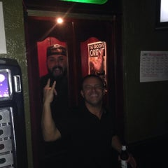 Photo taken at Tanqueray's Bar & Grille by Freddy V. on 7/2/2015