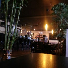 Photo taken at Tottie's Asian Fusion by Jason L. on 11/25/2014
