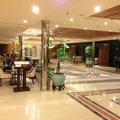 Photo taken at Sheraton Buenos Aires Hotel & Convention Center by Germán A. on 3/5/2013