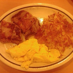 Photo taken at IHOP by Lewis M. on 12/8/2012
