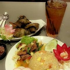 Photo taken at Jemari Cafe by 'Fa R. on 10/7/2012