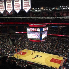 Photo taken at Washington Wizards by Esen on 3/7/2015
