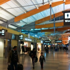 Photo taken at Raleigh-Durham International Airport (RDU) by Miki M. on 1/11/2013