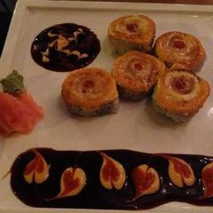 Photo taken at Dib Sushi Bar & Thai Cuisine by Sarah F. on 11/30/2012