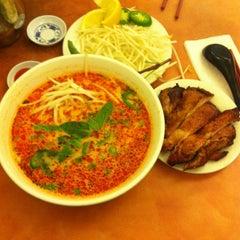 Photo taken at Phở Phú Quốc Vietnamese by Tran M. on 3/20/2013