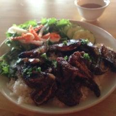 Photo taken at So Ba Vietnamese Restaurant by Omari J. on 3/2/2013