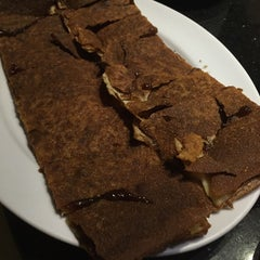Photo taken at ภัตตาคาร ไออาต้า-พาต้า (Iata-Pata Restaurant) by YaKuZa on 12/2/2014