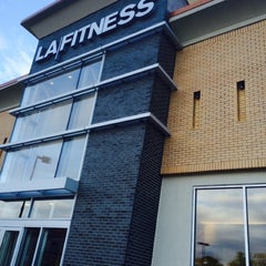 Photo taken at LA Fitness by Eric H. on 10/23/2014