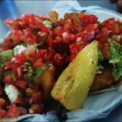 Photo taken at Tacos Charly by Diego G. on 1/28/2015
