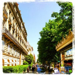 Photo taken at Avenue Montaigne by Kevin T. on 6/7/2013