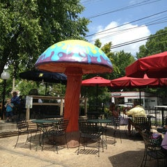 Photo taken at Mellow Mushroom by Corey W. on 6/25/2013