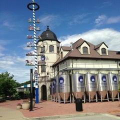 Photo taken at Hofbräuhaus Pittsburgh by Jim K. on 7/5/2013