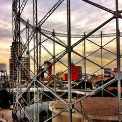 Photo taken at Estação Pedro II (Metrô) by Jeff N. on 5/16/2013