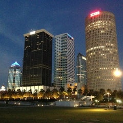 Photo taken at Curtis Hixon Waterfront Park by Stephen on 6/21/2013