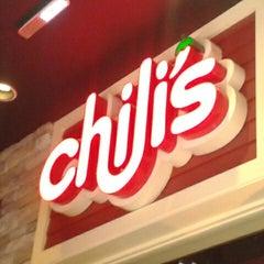 Photo taken at Chili's by Gaby V. on 10/31/2012