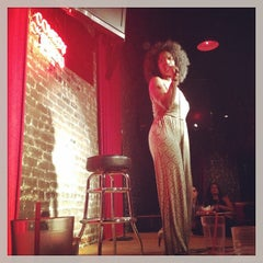 Photo taken at Comedy Union by Zulma A. on 9/28/2014