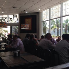Photo taken at Restaurante Malagueta by Jack U. on 1/24/2014