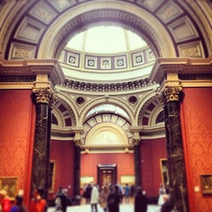 Photo taken at National Gallery by Stanny S. on 4/30/2013