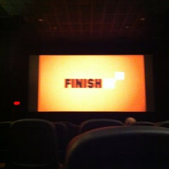 Photo taken at Bow Tie Cinemas Harbour 9 by Ray S. on 9/16/2014