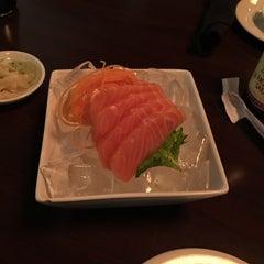 Photo taken at Oishii by Jason M. on 11/18/2014