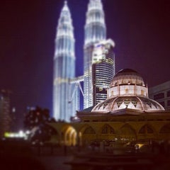 Photo taken at Masjid Asy-Syakirin by littleredzs on 12/7/2012