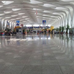 Photo taken at Aéroport de Marrakech Ménara | مطار مراكش المنارة‎  (RAK) by ~t:-r on 10/25/2012